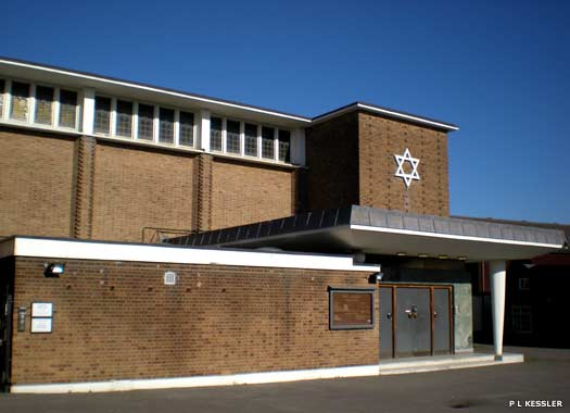 Ilford Synagogue, Gants Hill