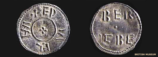 Two sides of a coin issued by Guthrum