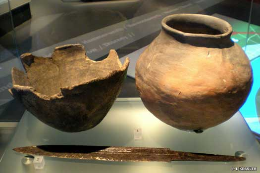 Saxon cremation urns from the area around London