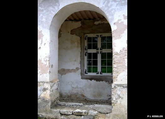 Kiltsi Manor window