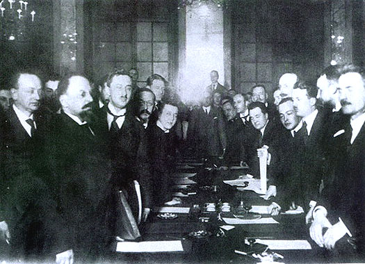 Signatories to the Peace of Riga in 1921
