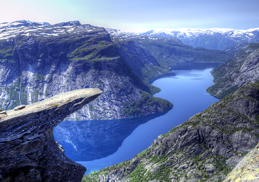 Troll's Tongue (Trolltunga)