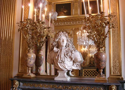 The King's Chamber at Versailles, photo by Briséis, February 2005, and released under the terms of the GNU Free Documentation licence