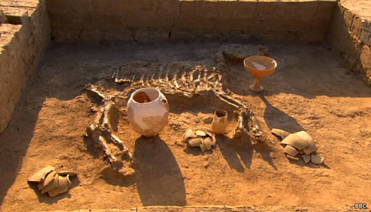 The Karakum burial with a valuable horse sacrifice added